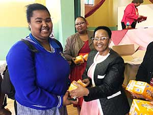 Deputy Minister Xasa interacts with Graaff-Reinet community